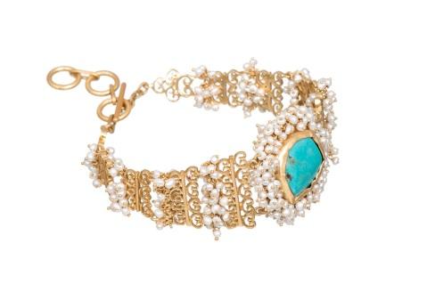 lady-in-blue-bracelet-1